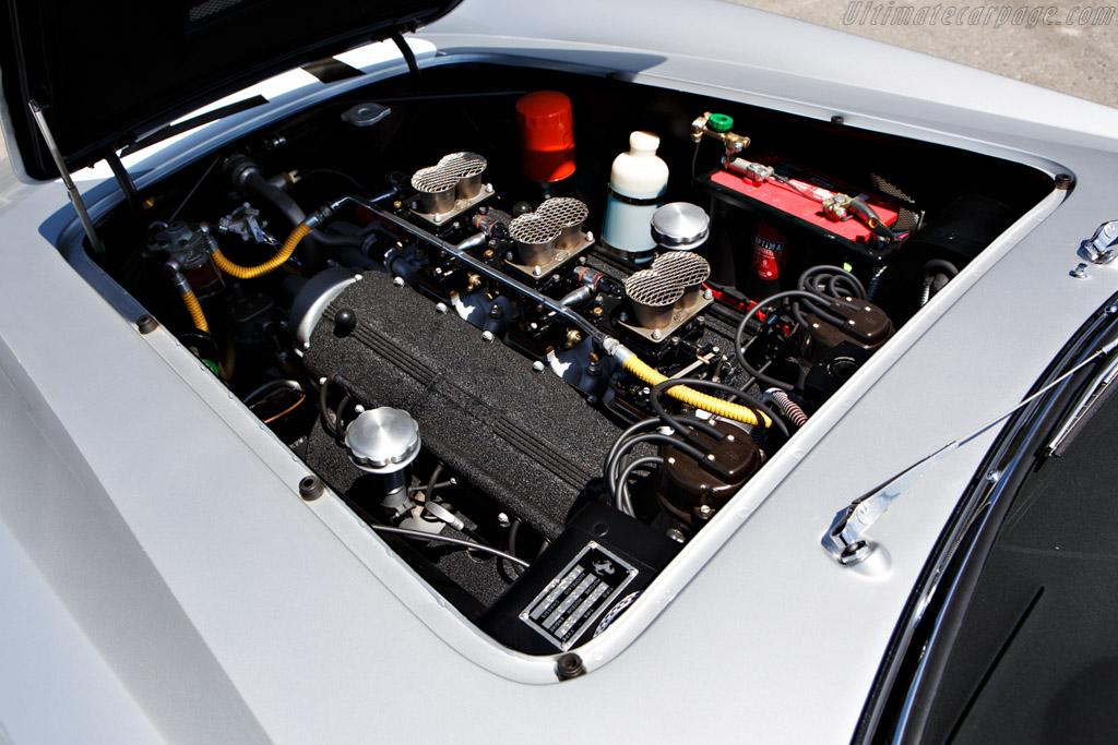 Ferrari 250 GT LWB California Spyder Competizione