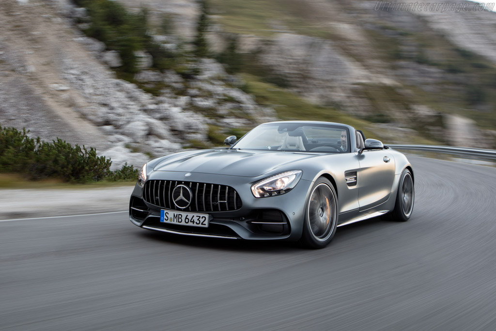 Click here to open the Mercedes-AMG GT C Roadster gallery