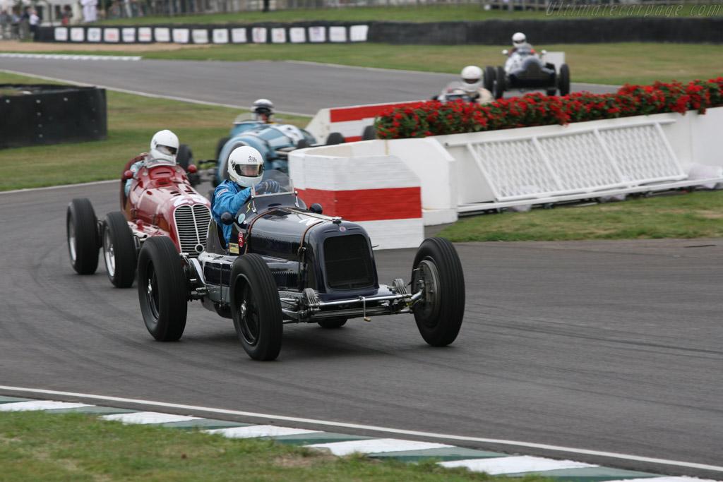 Maserati 8CM - Chassis: 3013 - Driver: Helmut Gassman  - 2006 Goodwood Revival