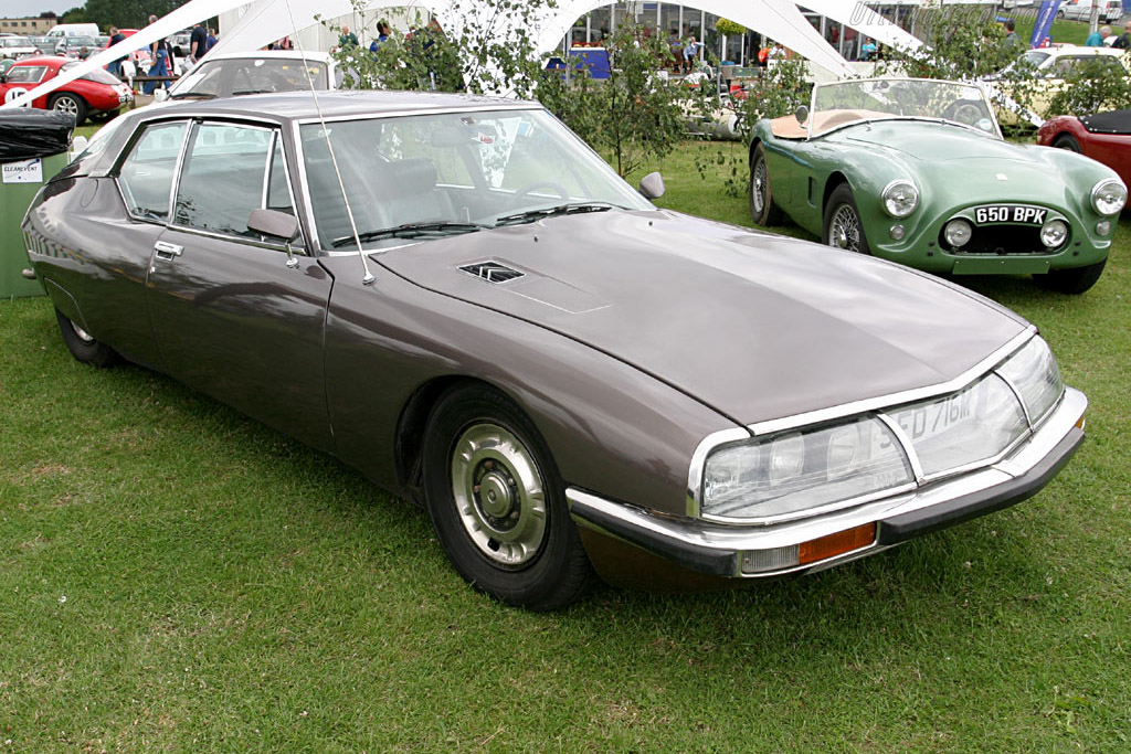 Click here to open the Citroën SM gallery