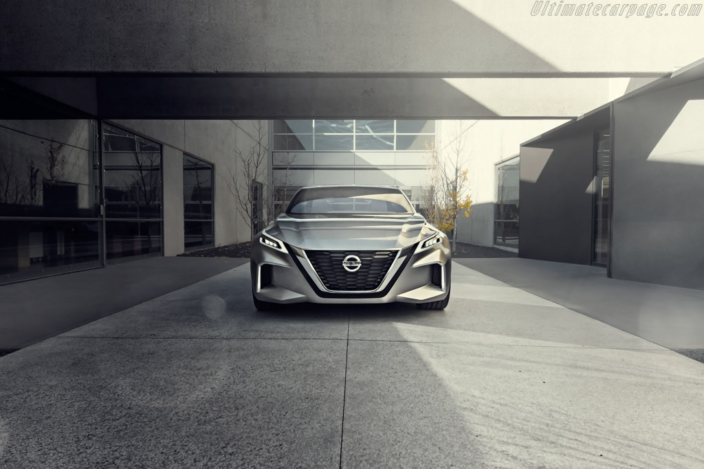Nissan Vmotion 2.0 Concept