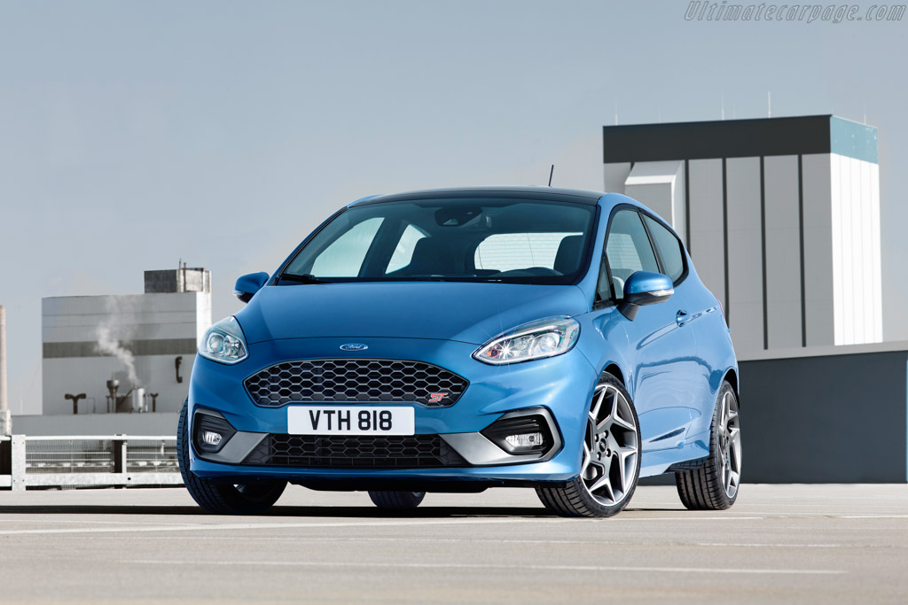 Click here to open the Ford Fiesta ST gallery