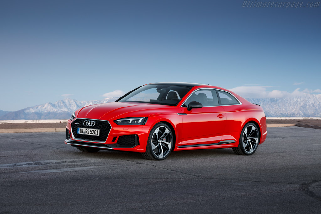 Click here to open the Audi RS 5 Coupe gallery