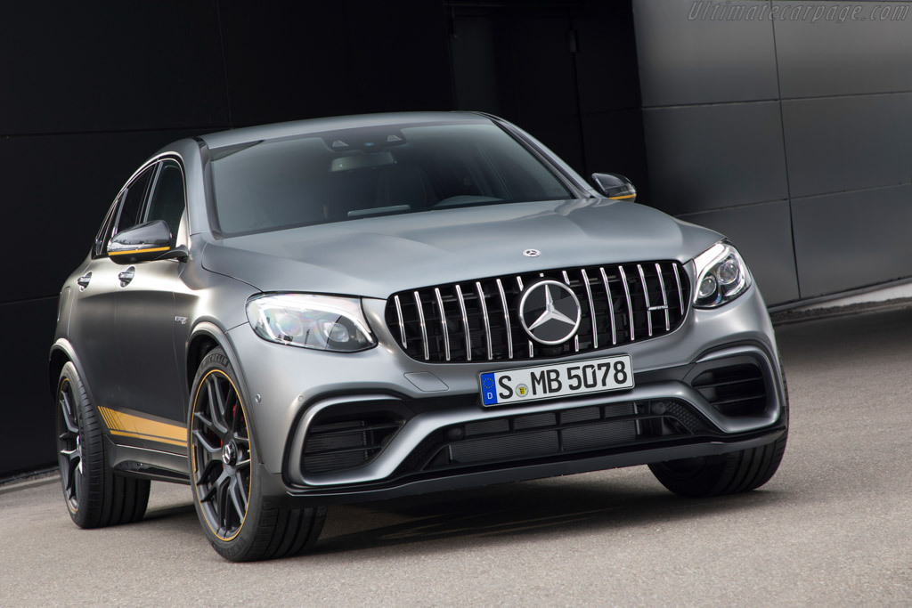 2017 mercedes amg glc 63 s 4matic images specifications and information. Black Bedroom Furniture Sets. Home Design Ideas