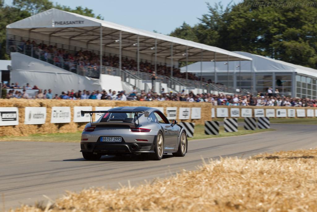 Porsche 911 GT2 RS    - 2017 Goodwood Festival of Speed