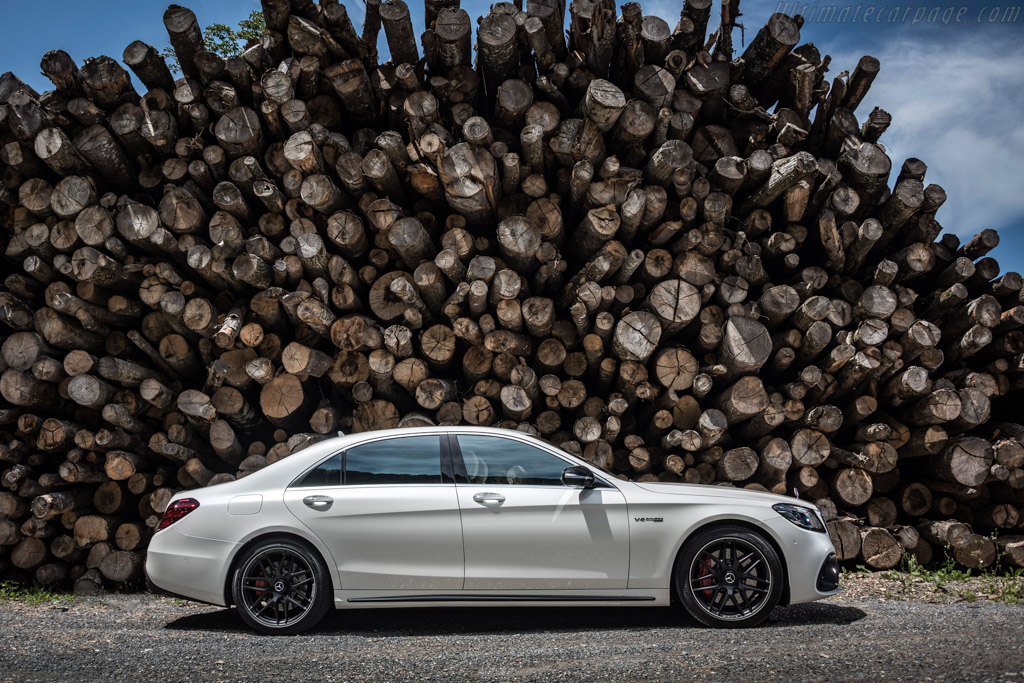 Mercedes-AMG S 63 AMG 4MATIC+