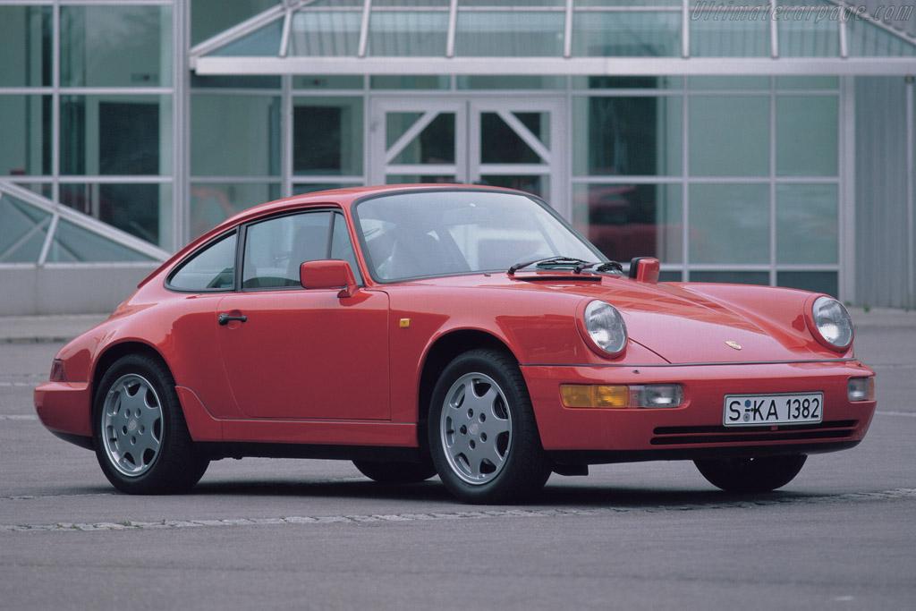 Porsche 911 Carrera 2 Coupe