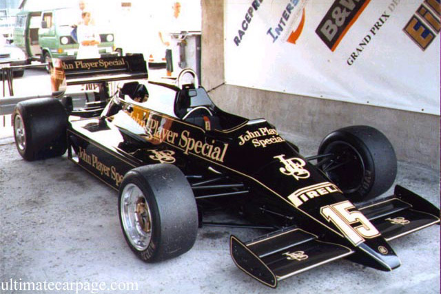Click here to open the Lotus 92 Cosworth gallery