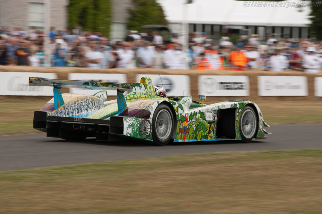 Audi R8 - Chassis: 403 - Driver: Dindo Capello  - 2009 Goodwood Festival of Speed