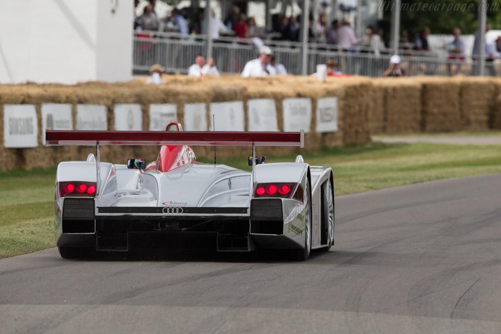 Audi R8 - Chassis: 404 - Driver: Tom Kristensen  - 2017 Goodwood Festival of Speed