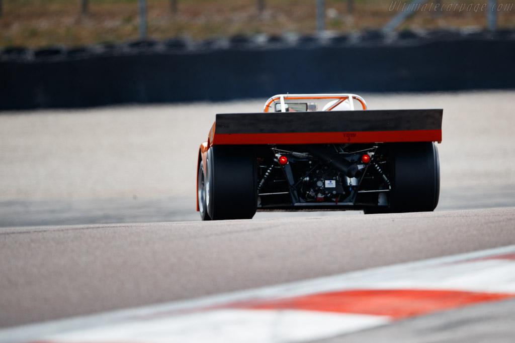 Chevron B21 Cosworth - Chassis: B21-72-25  - 2019 Grand Prix de l'Age d'Or