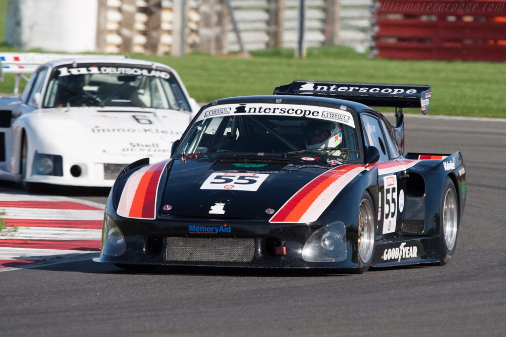 Porsche 935 K3 - Chassis: 000 0027   - 2010 Le Mans Series Silverstone 1000 km (ILMC)