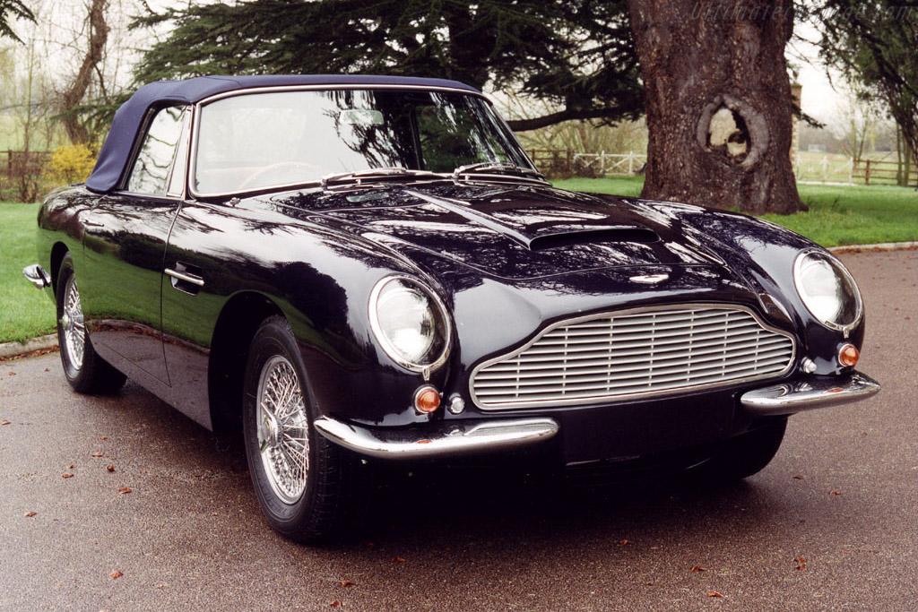 Click here to open the Aston Martin DB6 Volante gallery