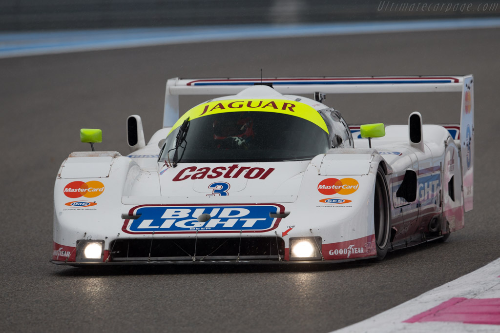 Click here to open the Jaguar XJR-16 gallery