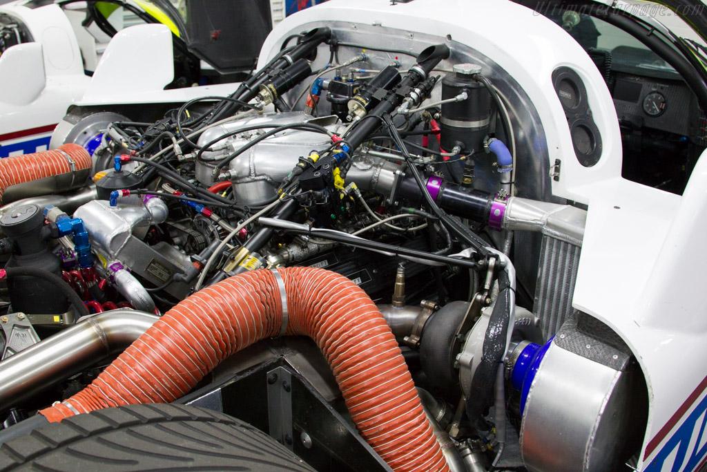 Jaguar XJR-16 - Chassis: JV6 C 291   - 2015 Dix Mille Tours