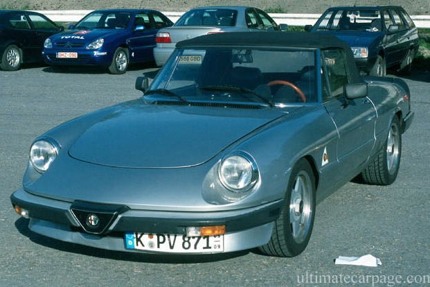 Click here to open the Alfa Romeo Spider 2.0 gallery