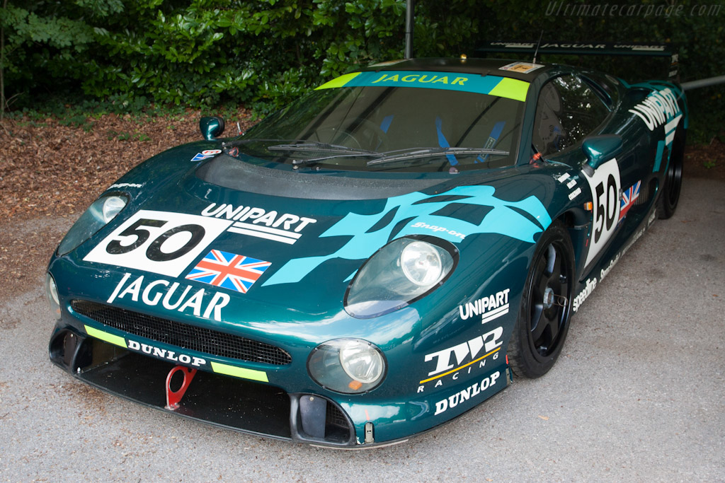 Click here to open the Jaguar XJ220C gallery
