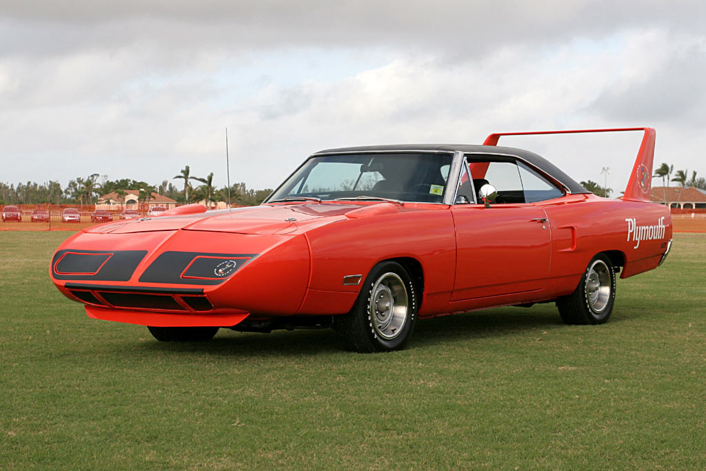 Click here to open the Plymouth Road Runner Superbird gallery