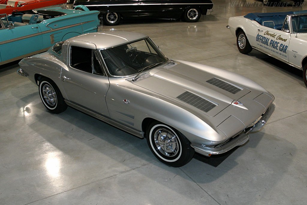 1963 Chevrolet Corvette C2 Sting Ray Coupe Split Window
