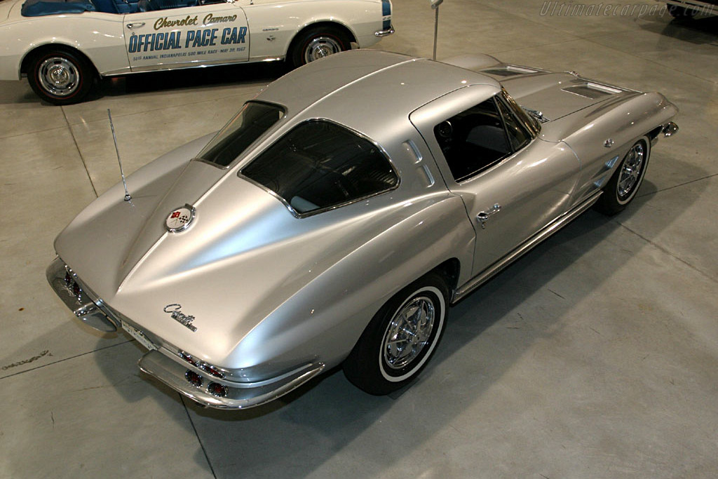 Chevrolet Corvette C2 Sting Ray Coupe 'Split Window'