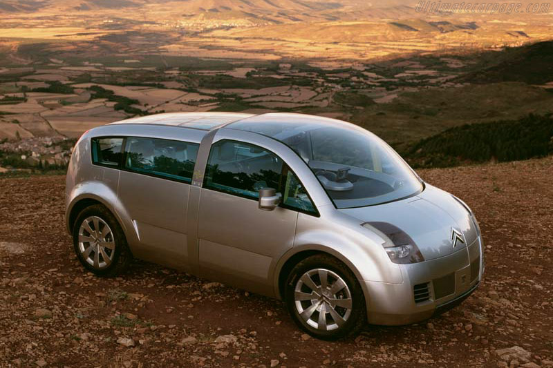 Click here to open the Citroën C Crosser gallery