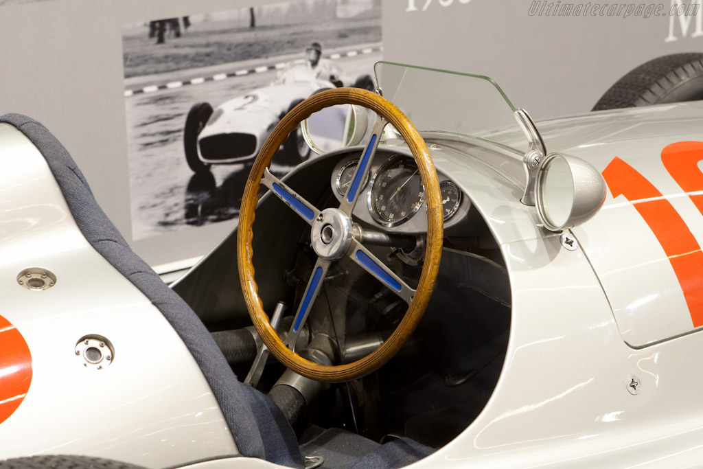 Mercedes-Benz W165 - Chassis: 449547/2   - 2004 Canadian Concours d'Elegance