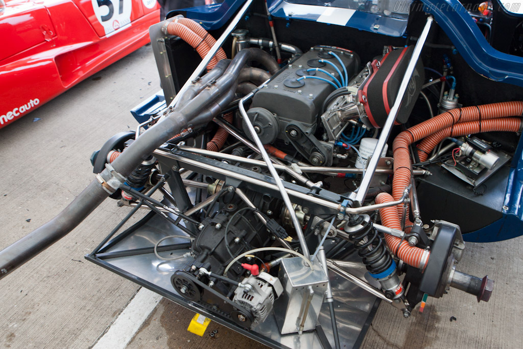 Chevron B16 Cosworth - Chassis: CH-DBE-29   - 2011 Le Mans Series 6 Hours of Silverstone (ILMC)