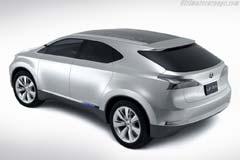 Lexus LF-Xh Hybrid Concept