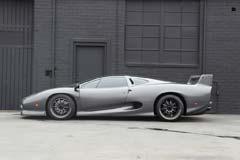 Jaguar XJ220S 784