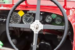 Aston Martin Ulster LM18