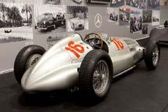 Mercedes-Benz W165 449547/2