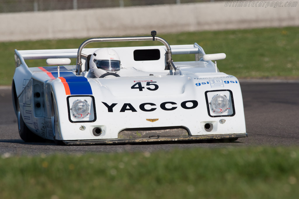 Chevron B36 - Chassis: 36-76-04 - Driver: Martin O'Connell  - 2012 Coupes de Paques
