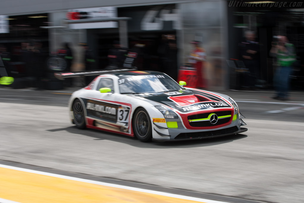 2017 coupes 2017 2018 cars reviews for Mercedes benz sls amg gt3 price