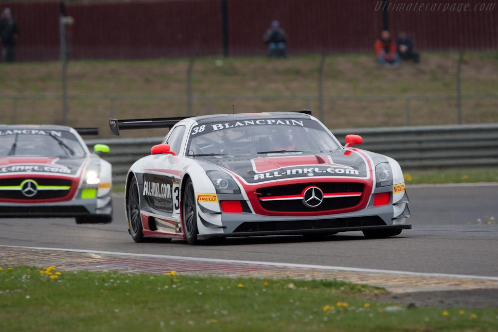 Mercedes-Benz SLS AMG GT3    - 2012 Coupes de Paques