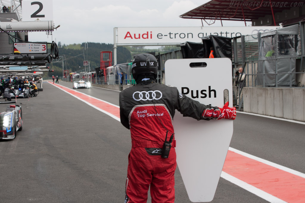 Audi incoming    - 2012 WEC 6 Hours of Spa-Francorchamps