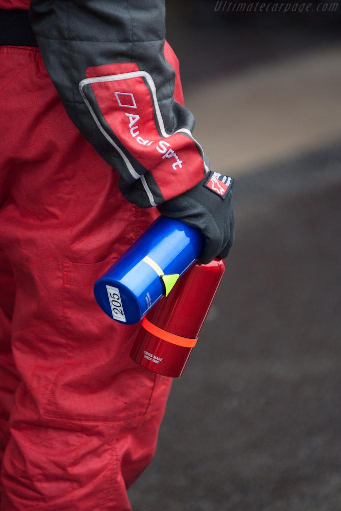 Fresh drinks bottles    - 2012 WEC 6 Hours of Spa-Francorchamps