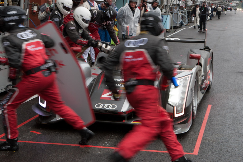 Pit action    - 2012 WEC 6 Hours of Spa-Francorchamps