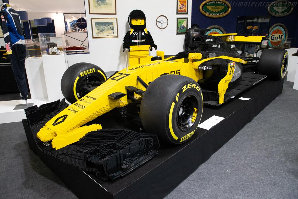 Lego Renault   - 2019 Retromobile