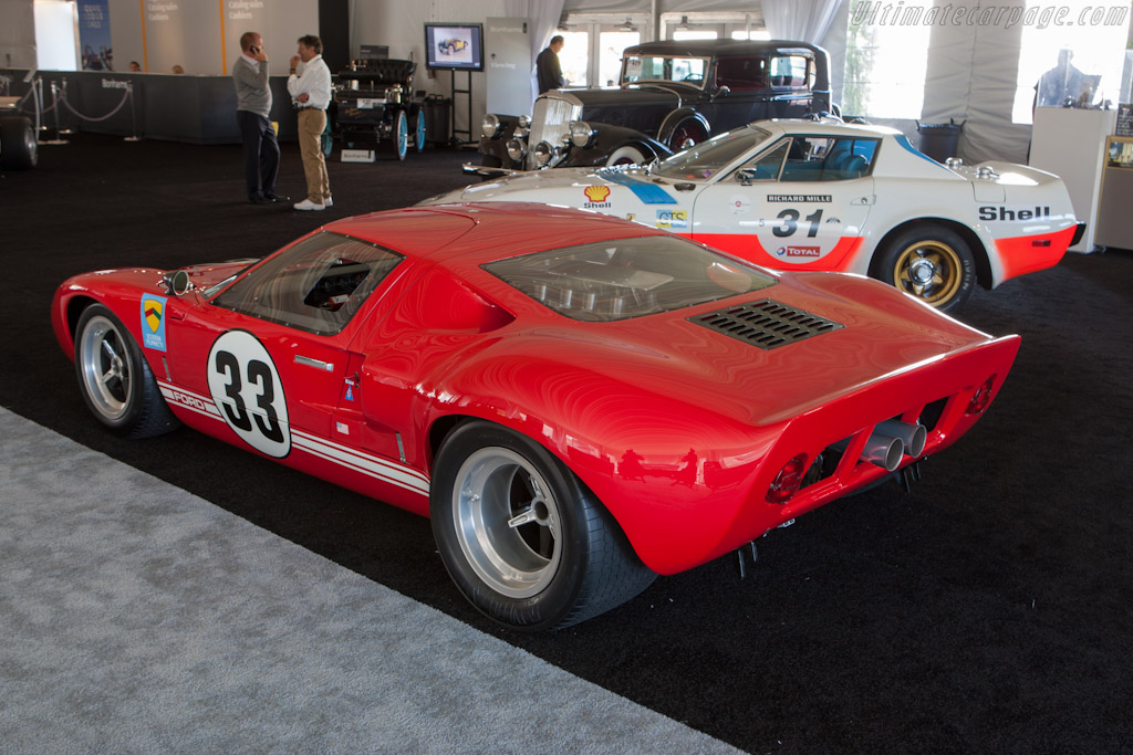Ford GT40 - Chassis: GT40P/1033   - 2012 Monterey Auctions