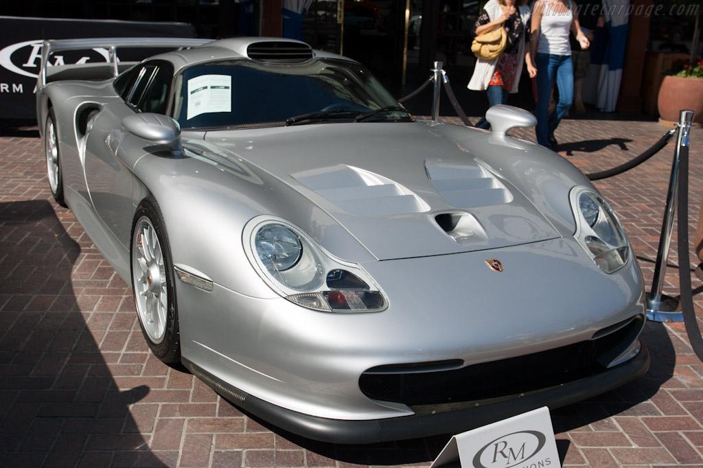 porsche 911 gt1 strassenversion chassis wp0zzz99zws396005 2012 monterey auctions. Black Bedroom Furniture Sets. Home Design Ideas