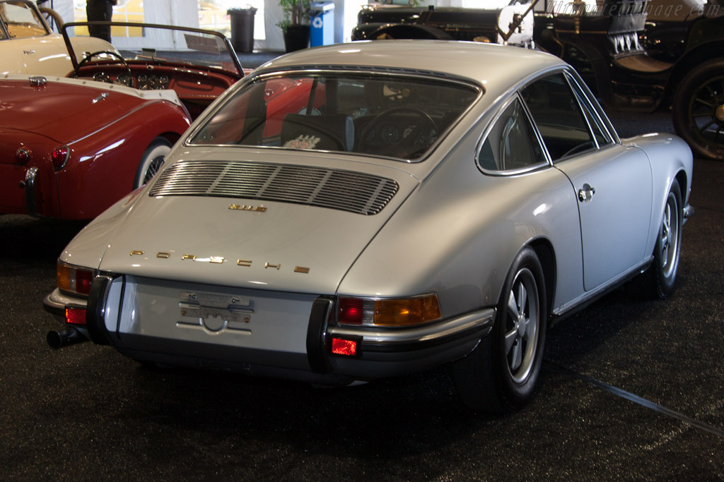 Porsche 911 S 2.2 - Chassis: 911 030 1243   - 2013 Monterey Auctions