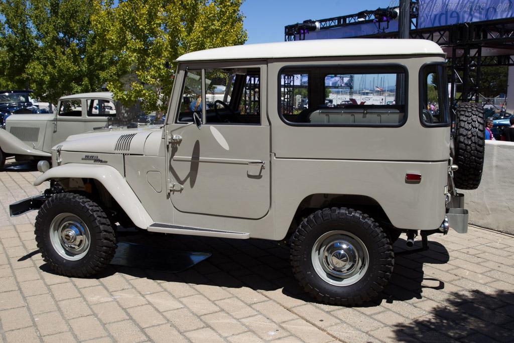 Toyota Fj40 For Sale >> Toyota Land Cruiser FJ40 - Chassis: FJ40-57301 - 2015 Monterey Auctions