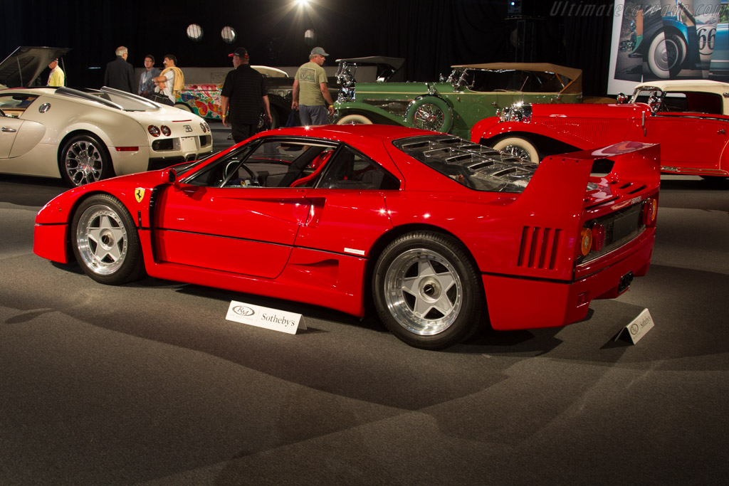 Ferrari F40 - Chassis: 87123   - 2016 Monterey Auctions