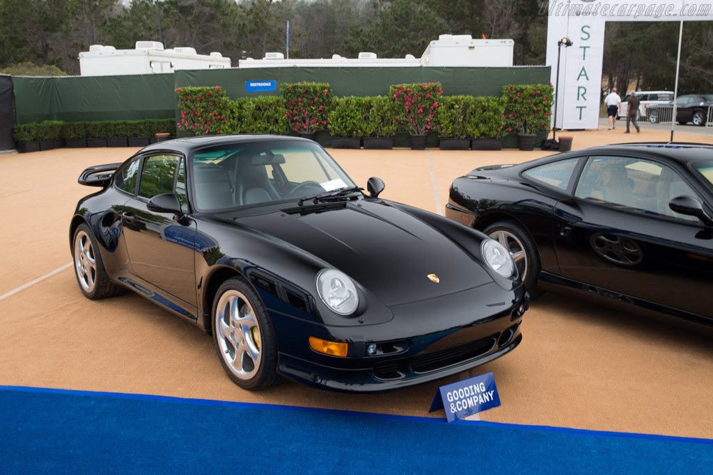 Porsche 911 Turbo S - Chassis: WP0AC2990VS375990   - 2016 Monterey Auctions