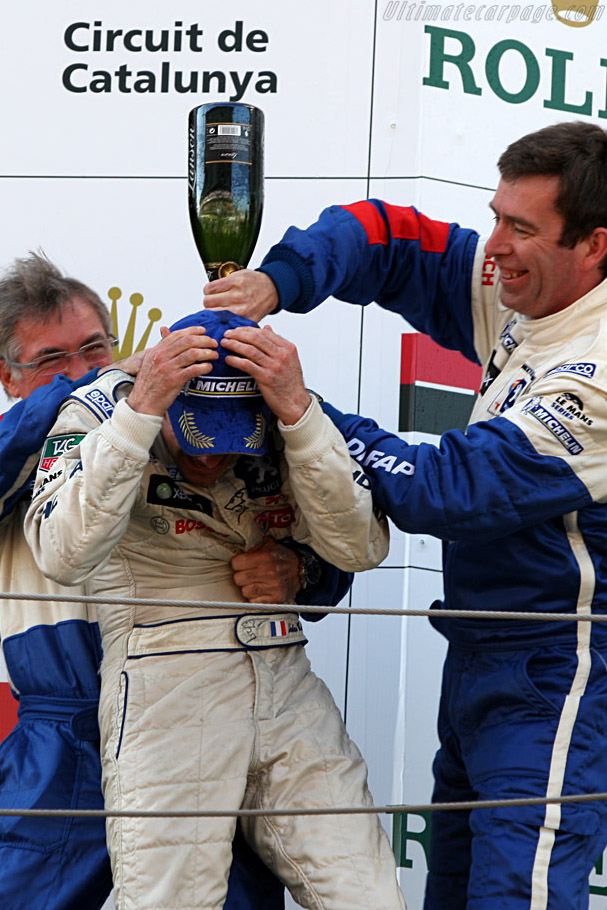 A bubbly shower for 'Quick Nic'    - 2008 Le Mans Series Catalunya 1000 km