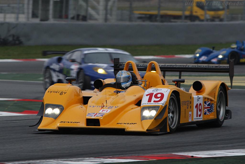 Lola B06/10 AER - Chassis: B0610-HU07 - Entrant: Chamberlain Synergy - Driver: Gareth Evans / Bob Berridge  - 2008 Le Mans Series Catalunya 1000 km