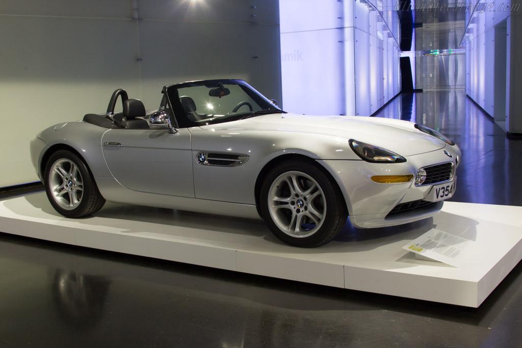 BMW Z8    - The BMW Museum