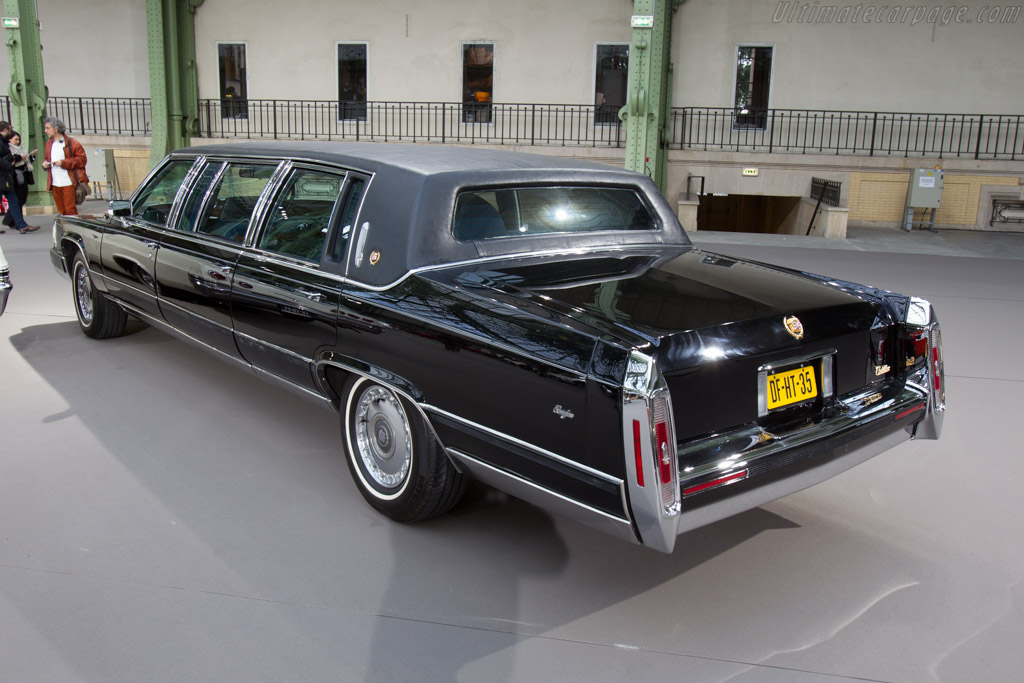 Cadillac Fleetwood Brougham - Chassis: 1G6DW5477MR708187   - 2016 Retromobile