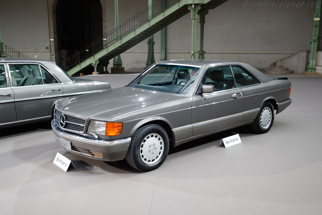 Mercedes-Benz 560 SEC Sunroof Coupe - Chassis: WDB1260451A403949  - 2019 Retromobile