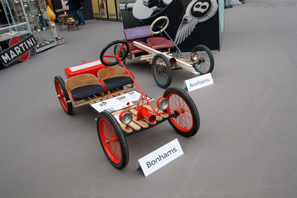Red Bug Mircocar - Chassis: 5269  - 2019 Retromobile